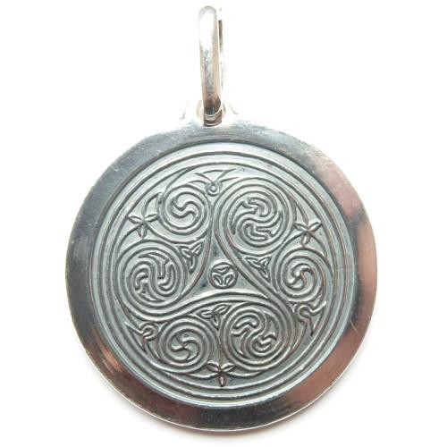 Amulet Triscal
